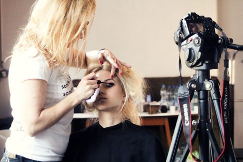 Backstage cosmepick